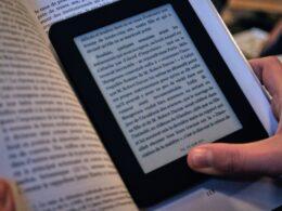 Quelle liseuse électronique est la meilleure ? Notre comparatif de 2021