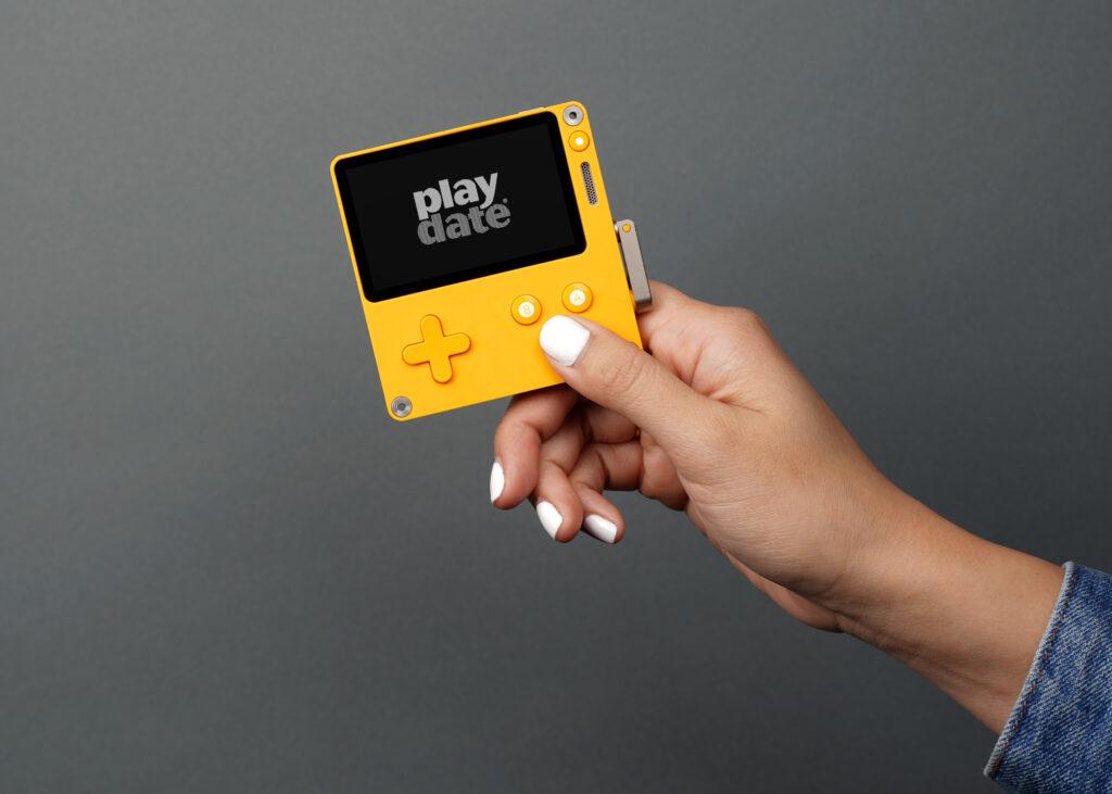 Playdate : La console rétro est bientôt en précommande - www.heavybull.com